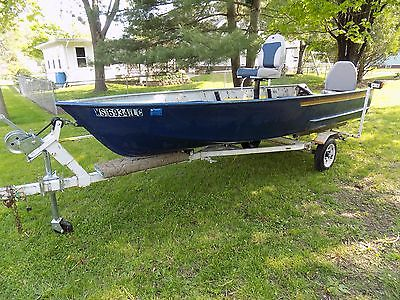 1970&#39-s Ouachita 14ft Flat Bottom Boat, 25HP Evinrude Outboard ...