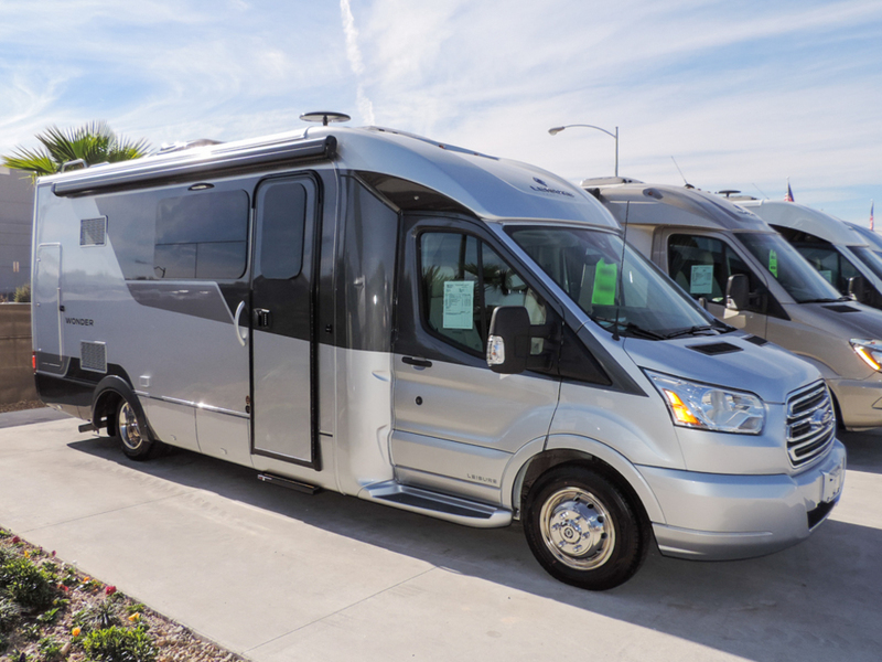 2017 Leisure Travel Vans Wonder