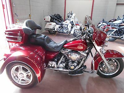 2004 Harley-Davidson Touring  2004 Harley Davidson Electra Glide Trike FLHTCI