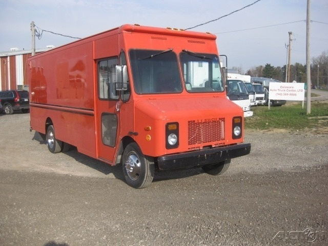2004 Workhorse  Food Truck