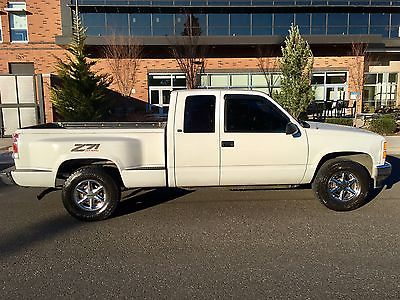 1997 GMC Sierra 1500 CHEVY GMC VORTEC 5.7L AUTO Z71 4X4  SHORT/STEP BED 1997 GMC Z71 K1500 SIERRA SLT 4X4 EXTENED CAB STEPSIDE SHORT BED 3 DOOR