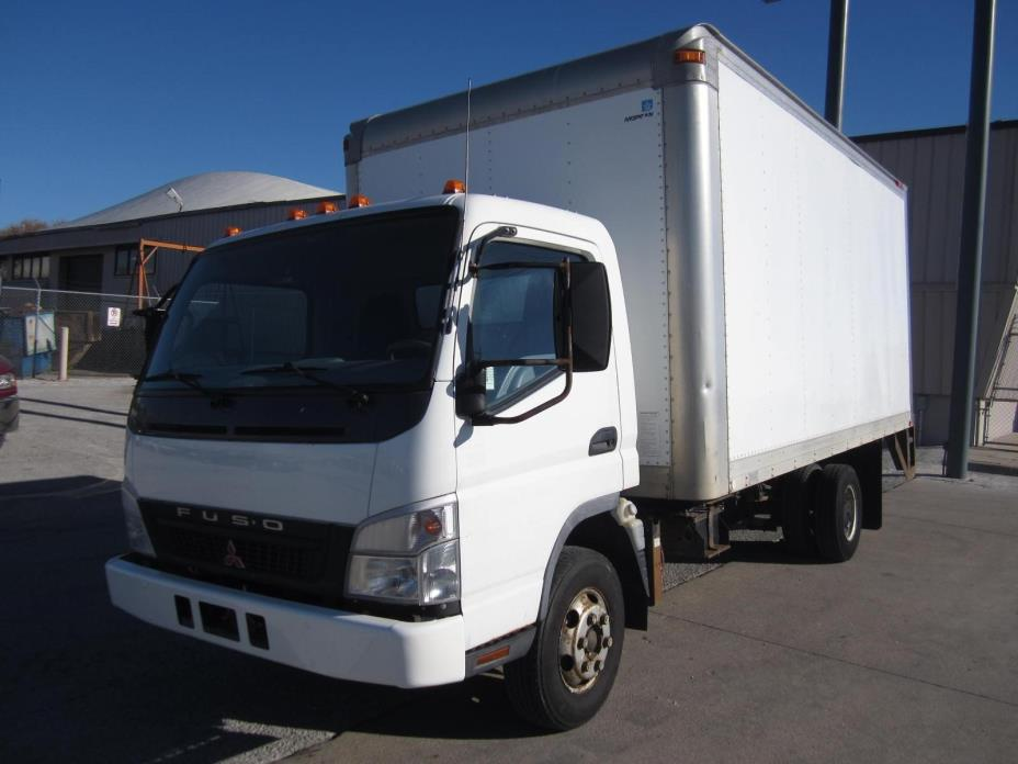 2005 Mitsubishi Fuso Fe145  Box Truck - Straight Truck