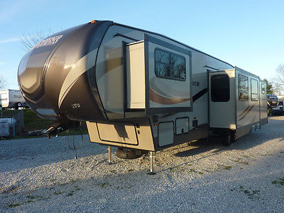 2016 Keystone Sprinter 358FWBH,Outside Kitchen,4 Slide-outs ,RV,Camper,5th Wheel