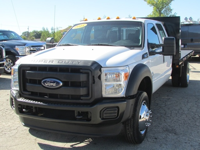 2015 Ford F-450 Chassis  Flatbed Truck