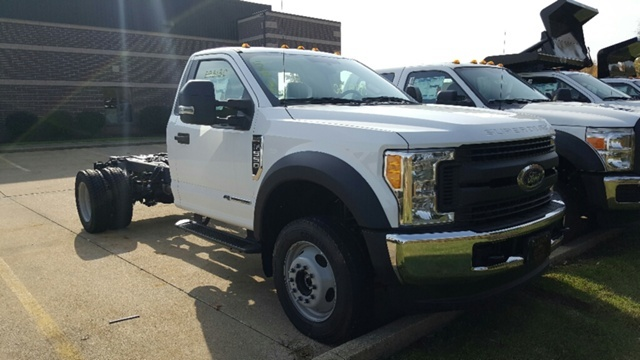 2017 Ford F-550 Chassis Cab Chassis