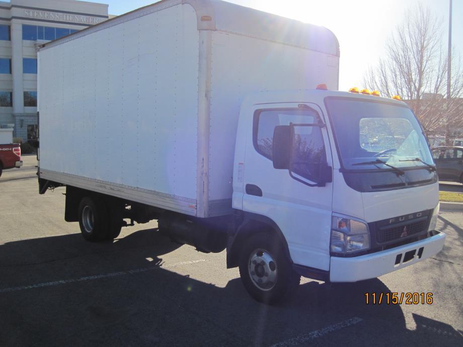 2007 Mitsubishi Fuso Fe145 Box Truck - Straight Truck