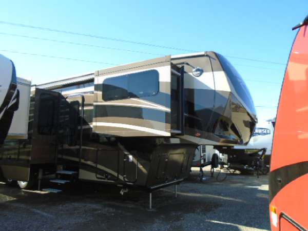 2016 Winnebago Destination 37FL
