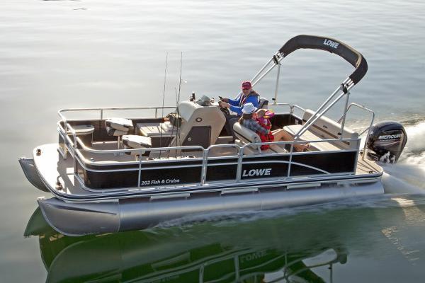 2016 Lowe Ultra 202 Fish & Cruise