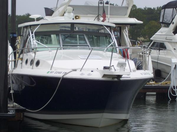 2006 Wellcraft 330 Coastal