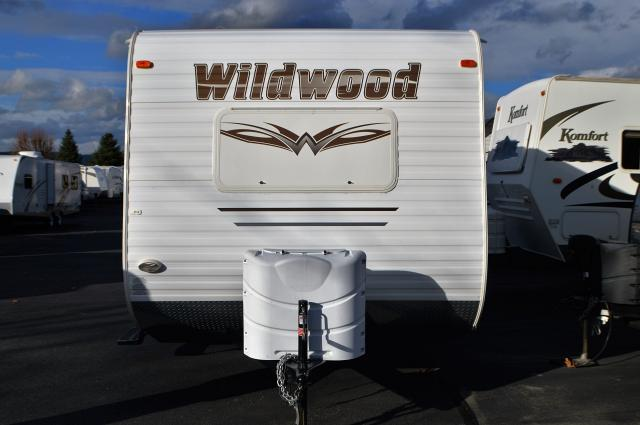 2012 Forest River Wildwood T19