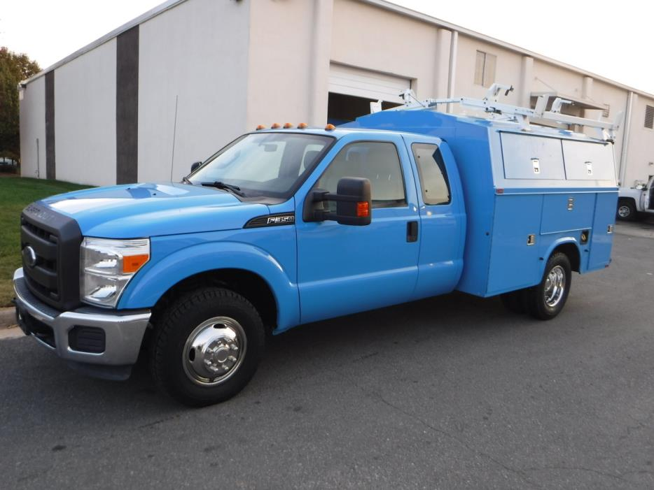 2012 Ford F350  Mechanics Truck
