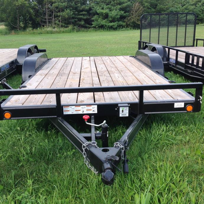 2015  Load Trail  7 000# CAR TRAILER