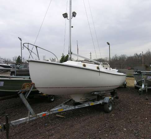 1977 Com-Pac 16 J Sail