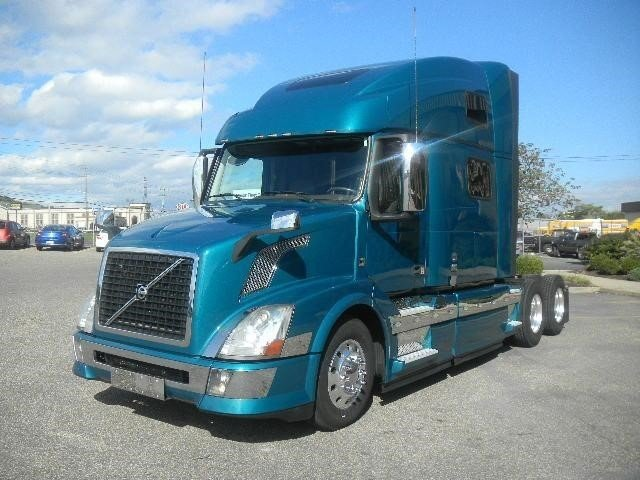 2014 Volvo Vnl64t780 Conventional - Sleeper Truck