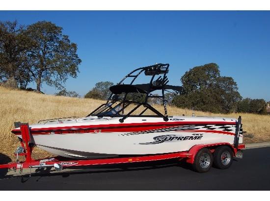 Ski Supreme V220 Boats For Sale