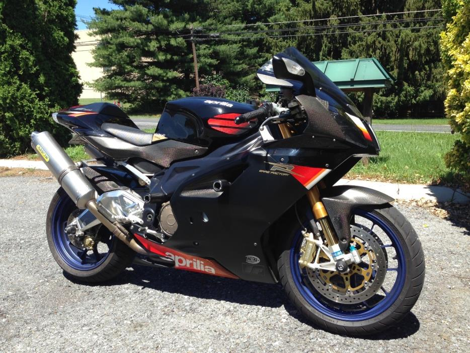 Aprilia Rsv 1000r motorcycles for sale in Pennsylvania
