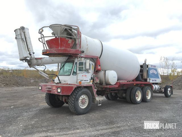 1999 Oshkosh S Series  Mixer Truck