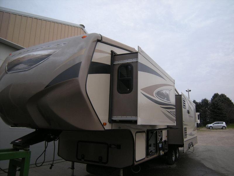Crossroads Cruiser Sahara Cf330ss Rvs For Sale