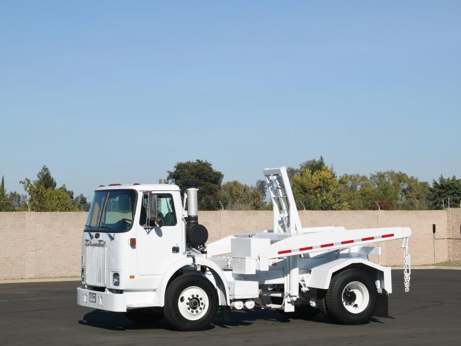 2003 Autocar Xpeditor Garbage Truck