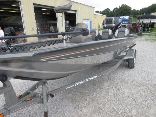 2006 Tracker Boats For Sale