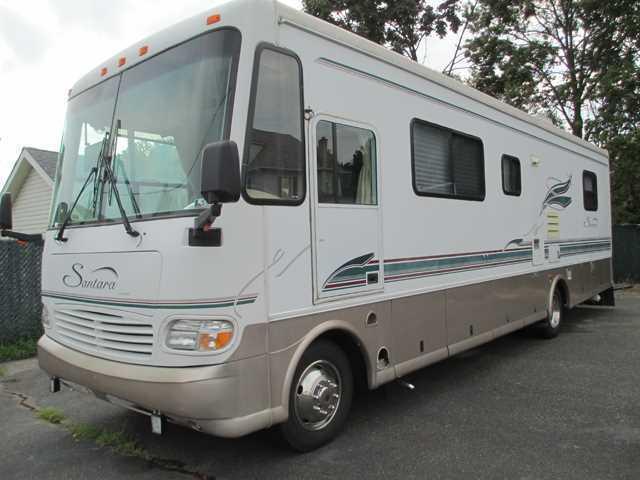 1999 Coachmen SANTARA 311MB