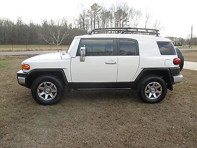 2014 Toyota FJ Cruiser Toyota Fj Lowest miles in country brand new condition