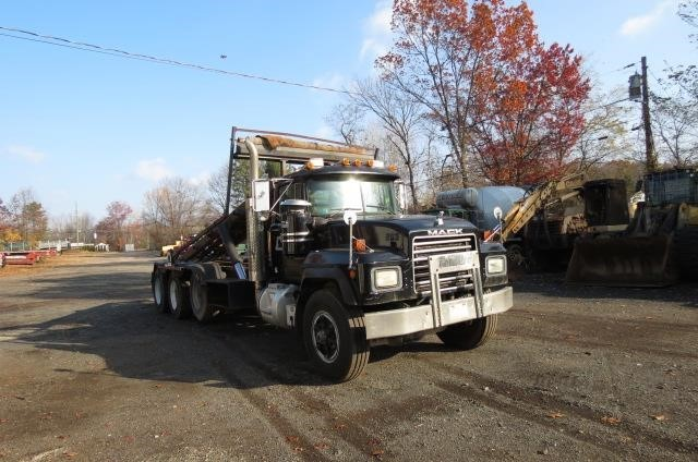 Garbage truck for sale in connecticut for Wrap master model 1500