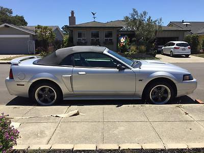 2001 Ford Mustang GT  2001 Ford Mustang GT Convertible Manual Transmission Low Miles 63K