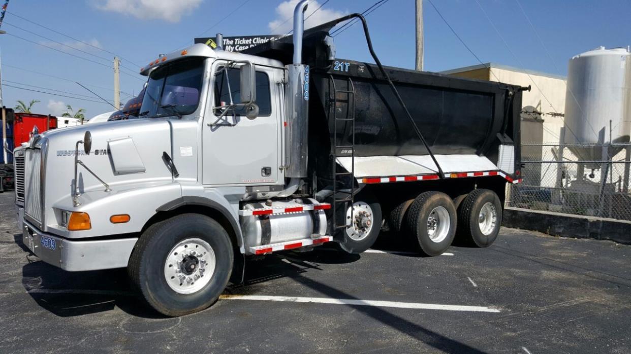 2001 Western Star 5964ss  Dump Truck