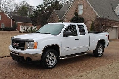 2009 GMC Sierra 1500 4WD Extended Cab SLE One Owner Perfect Carfax Leather Seats Z71 Low Miles MSRP New $37195