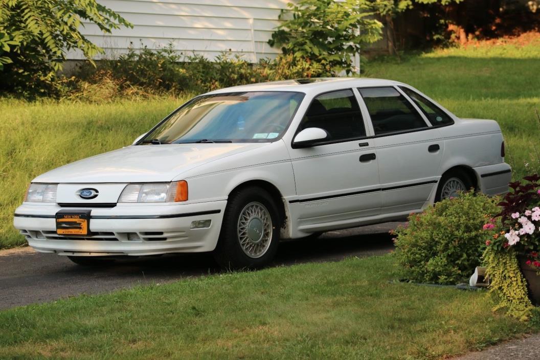 1990 Ford Taurus SHO 1990 Ford Taurus SHO, White, Blk. Leather.