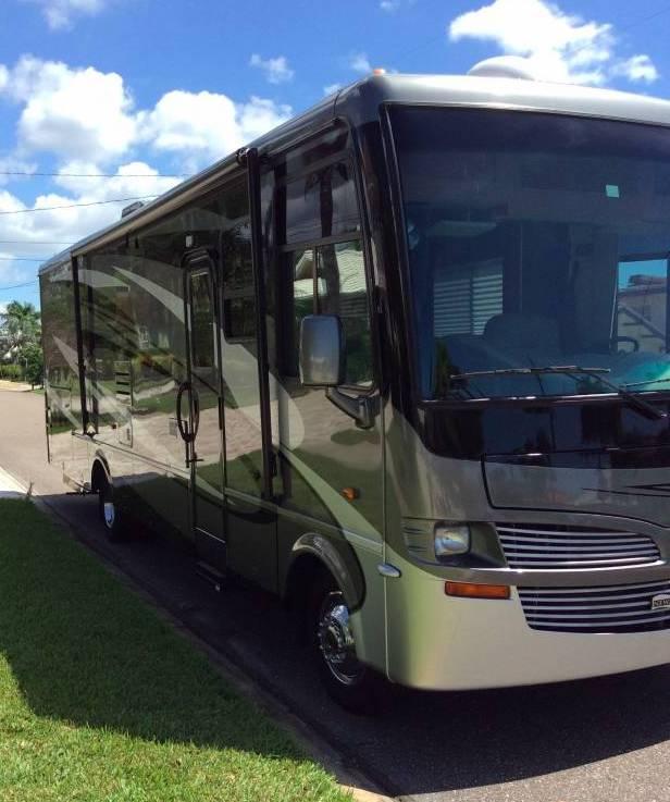 2011 Newmar Baystar 3250