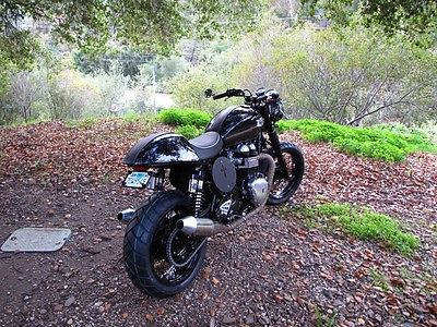 2014 Custom Built Motorcycles Thruxton  2014 Triumph Thruxton