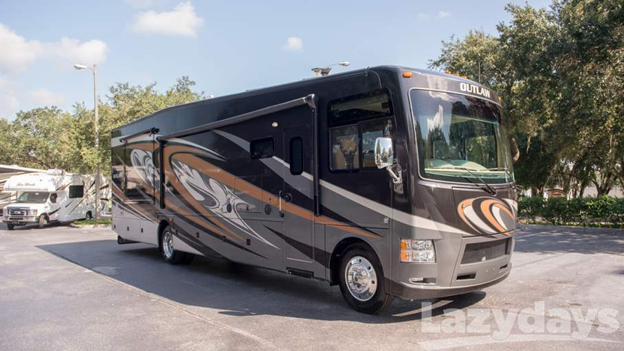 Thor Motor Coach Outlaw 38RE