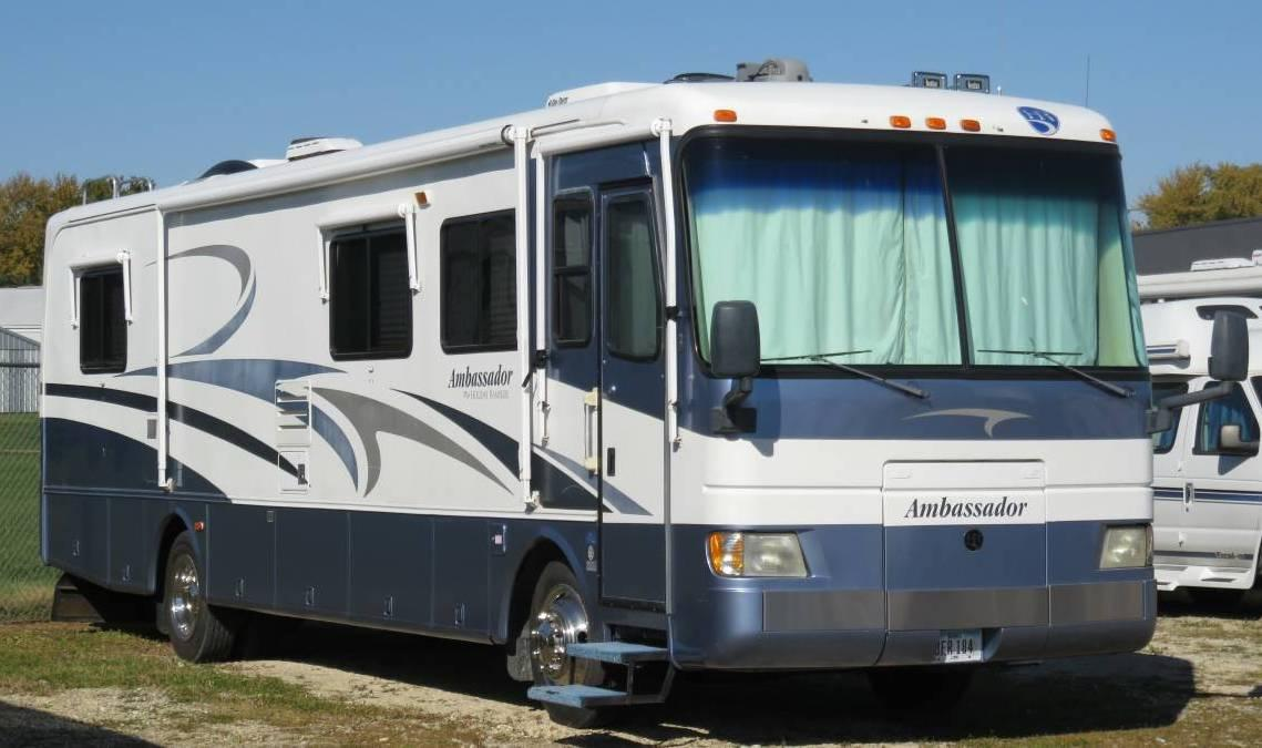 2000 Holiday Rambler Ambassador M-36PBS