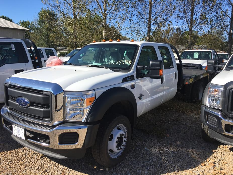 2016 Ford F550 Flatbed Truck