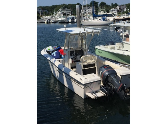 2001 Grady - White 222 Fisherman