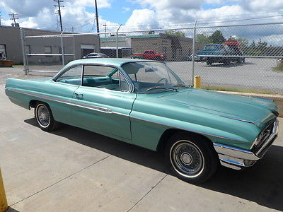 1961 Pontiac Bonneville Bonneville 1961 Pontiac Bonneville 8 lug Bubbletop nice 389 auto great driver