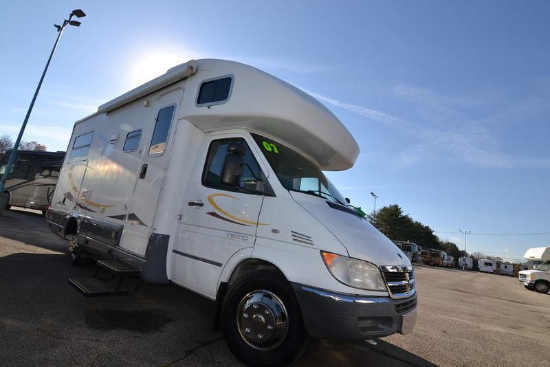 2007 Winnebago View 23J