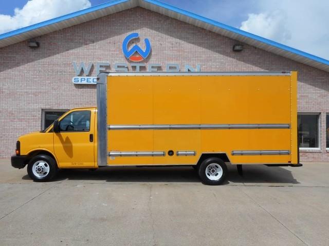 2012 Gmc Savana Cutaway Box Truck - Straight Truck