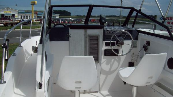 1997 Bayliner Trophy 2002 Walk Around Cuddy