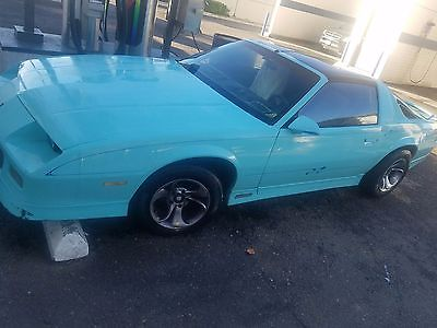 1988 Chevrolet Camaro Runs Drives Body Inter VGood 2.8L V6 5spd manual Rare Muscle Car Manual Transmission newer clutch and catalit TTops strong stere
