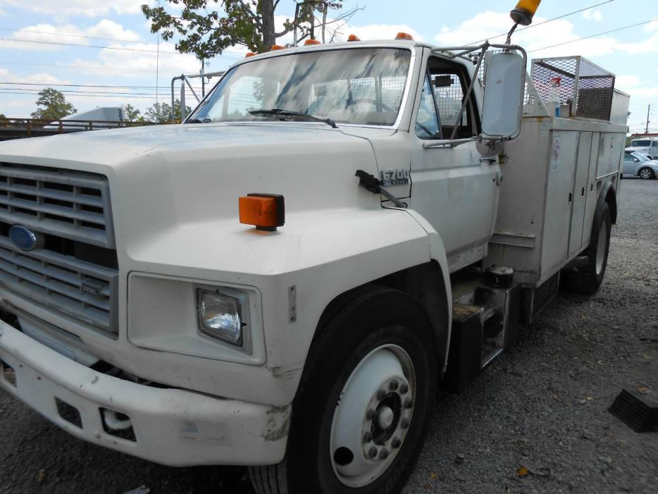 1993 Ford F700 Utility Truck - Service Truck