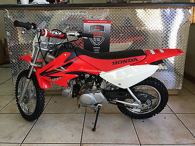 2007 Honda CRF  2007 Honda CRF70 Motorcycle, Near Showroom Condtion!  3 Speed Auto Clutch