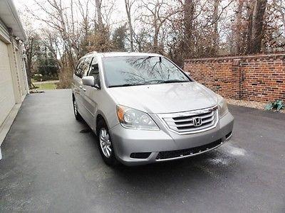 2008 Honda Odyssey EX-L Mini Passenger Van 4-Door 2008 Honda Odyssey EX-L Mini Passenger Van 4-Door 3.5L