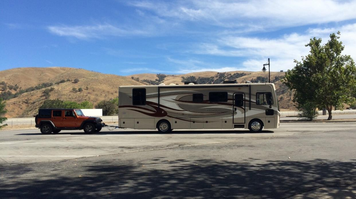 2014 Fleetwood Excursion 35b Rvs For Sale