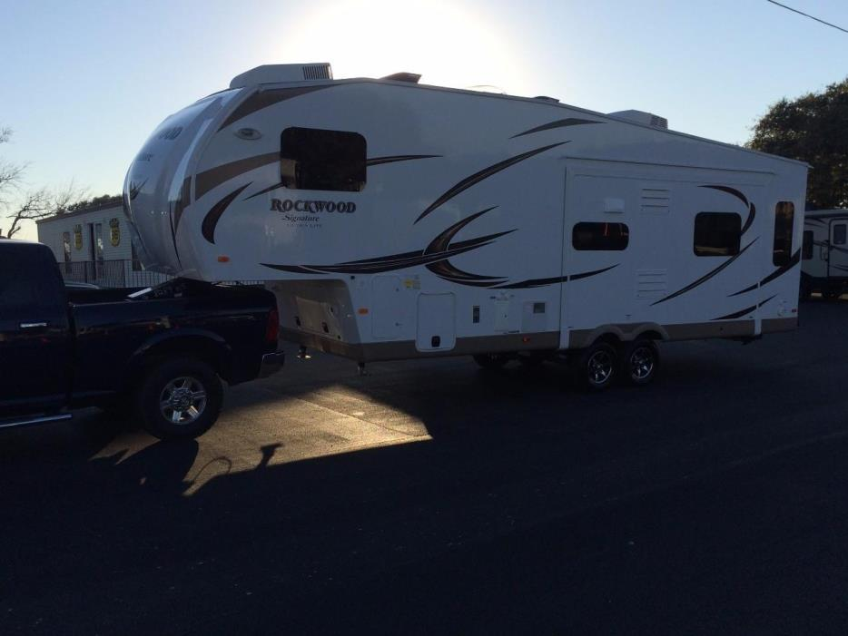 2016 Forest River ROCKWOOD ULTRA LITE 8289WS