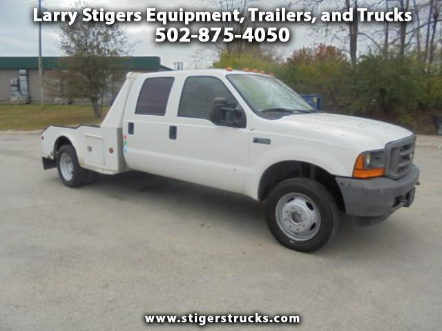 2001 Ford F-550  Flatbed Truck