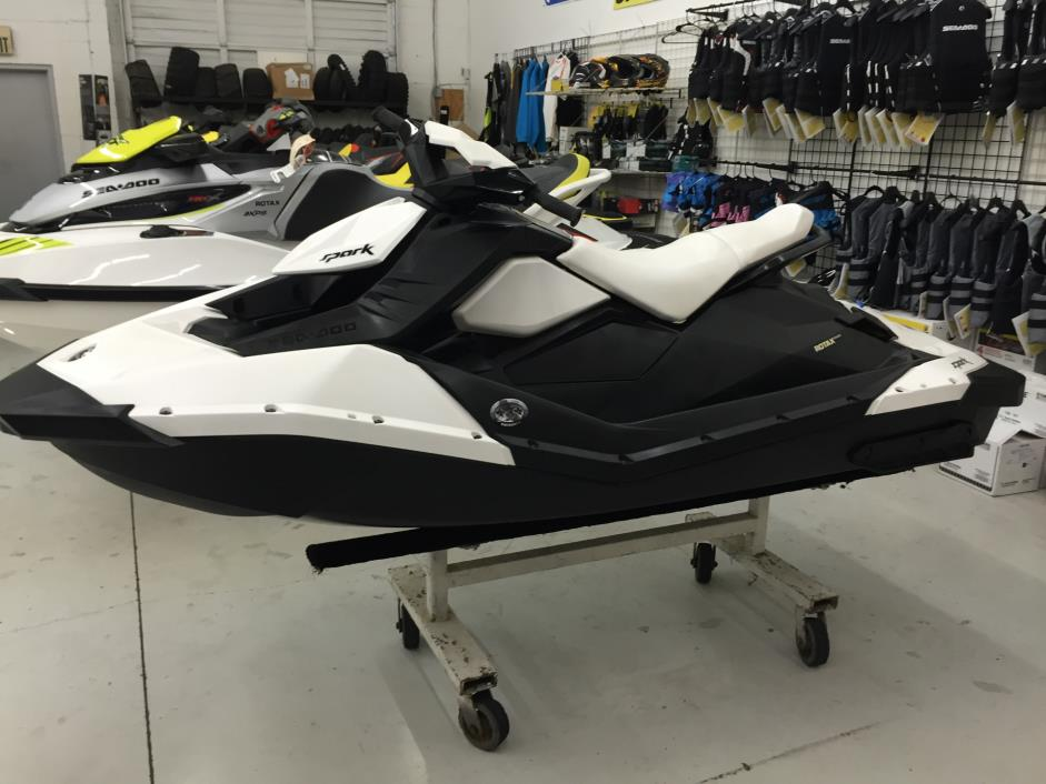 2014  Sea-Doo  Spark™ 2up 900 ACE™
