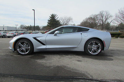 2017 Chevrolet Corvette 2dr Stingray Coupe w/2LT 2dr Stingray Coupe w/2LT New Automatic Gasoline 6.2L 8 Cyl  Sterling Blue Metall
